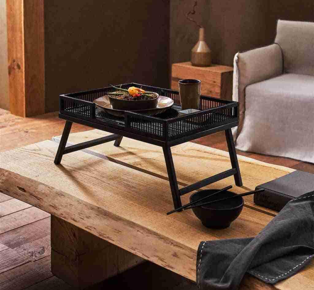 bandeja con patas de bambu