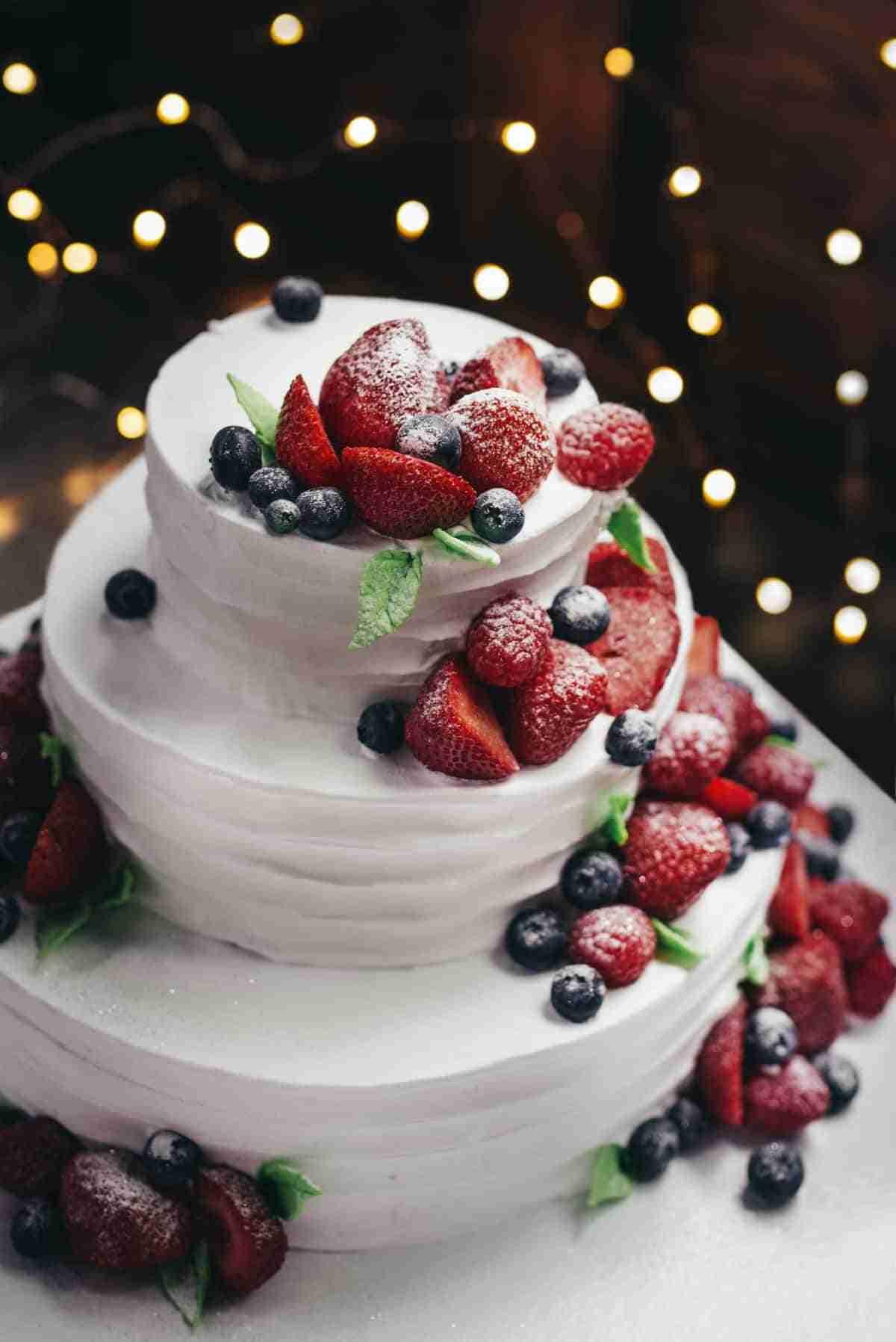 pasteles para bodas con frutas