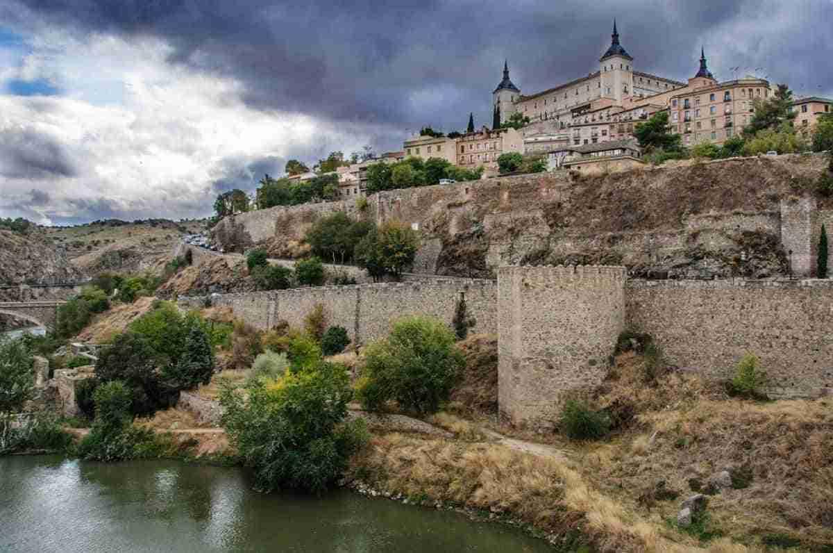 ciudad medieval de toledo