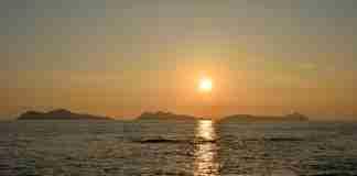 puesta de sol en las islas cies