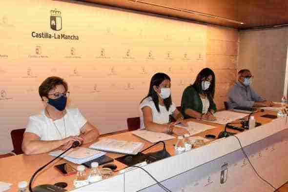 Reunión del Consejo de Personas Mayores para informar de las nuevas disposiciones normativas emanadas de la Administración de Castilla-La Mancha