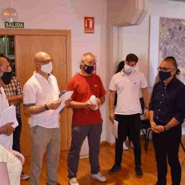 """Entrega de diplomas del """"Curso para la obtención del certificado de piloto remoto"""" organizado por el IMPEFE"""