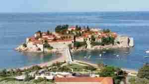Montenegro un paraíso de playas y sol a orillas del Adriático