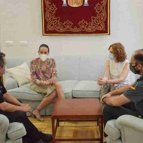 La subdelegada del Gobierno mantiene un primer encuentro con la nueva alcaldesa de Ciudad Real y los responsables provinciales de Policía Nacional y Guardia Civil