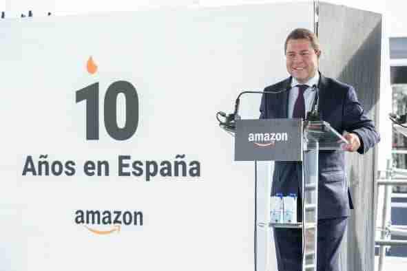 """García-Page anuncia que Castilla-La Mancha administrará """"en tres semanas"""" la tercera dosis a las personas mayores en las residencias"""