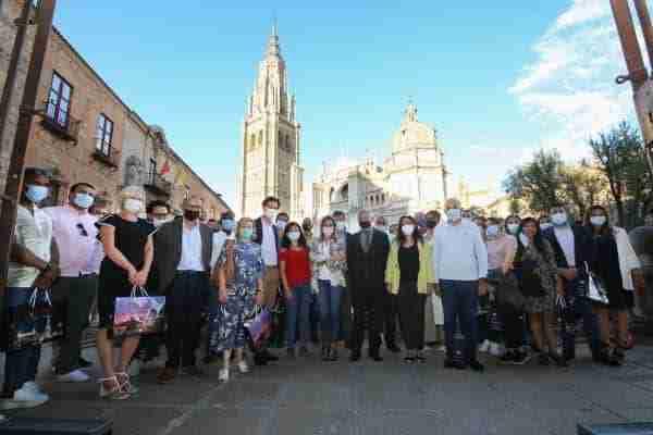 La alcaldesa recibe al Centro para el Diálogo Humanitario Henri Dunat que celebra en Toledo su convención anual