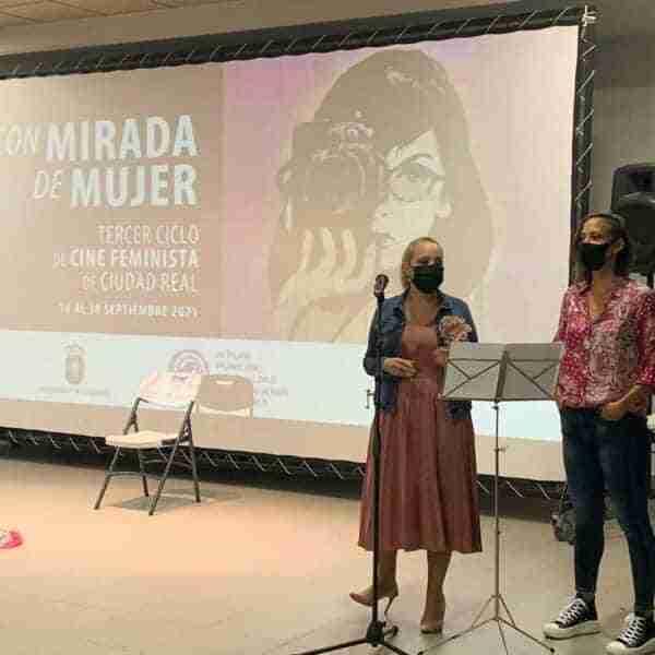 """""""[M]otherhood"""" reflexiona sobre la maternidad en el III Ciclo de cine feminista del Ayuntamiento de Ciudad Real"""