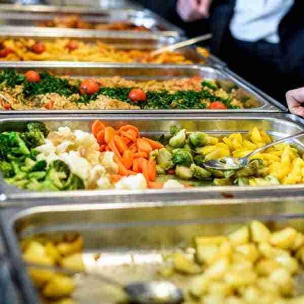 Ayudas por 256.547 euros a 50 municipios de Ciudad Real, que prestarán servicio de comedor a personas mayores
