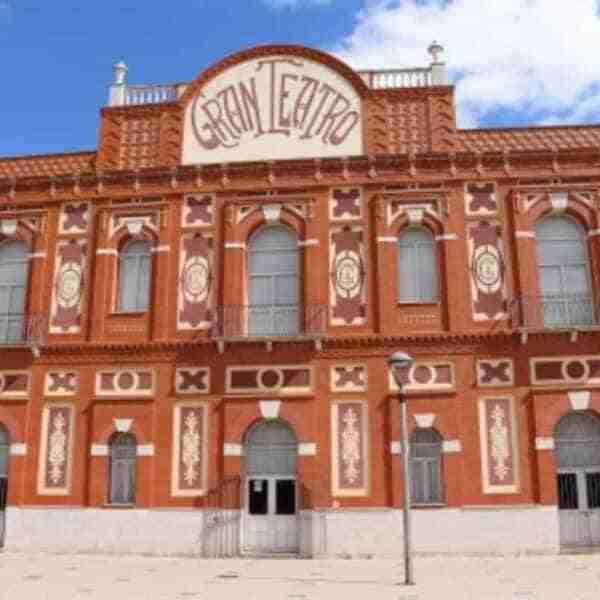 Interesantes propuestas de cine, literatura, folclore y teatro este fin de semana en Manzanares