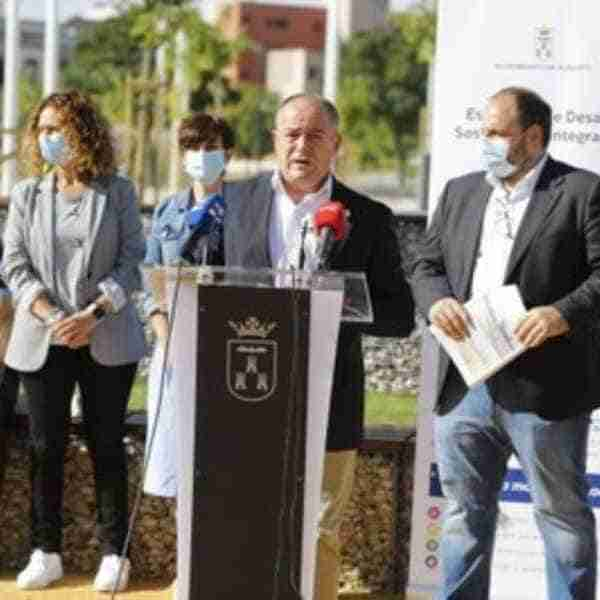 Albacete transforma 12 solares en nuevos parques con los que gana espacios para la convivencia ciudadana