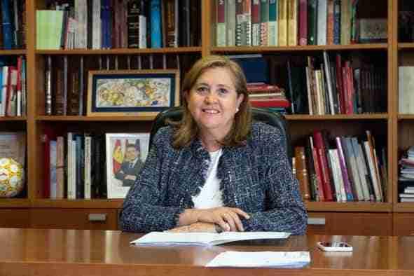 Artículo de la consejera de Educación, Cultura y Deportes, Rosa Ana Rodríguez: 'Las bibliotecas, los graneros del saber'