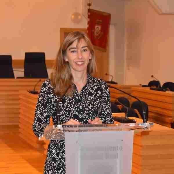 El Ayuntamiento de Ciudad Real resuelve nuevas ayudas por valor de 270.000 euros del II Fondo de reactivación, programa formación en competencias clave en barrios de la ciudad y amplía la flota de autobuses dentro de EDUSI