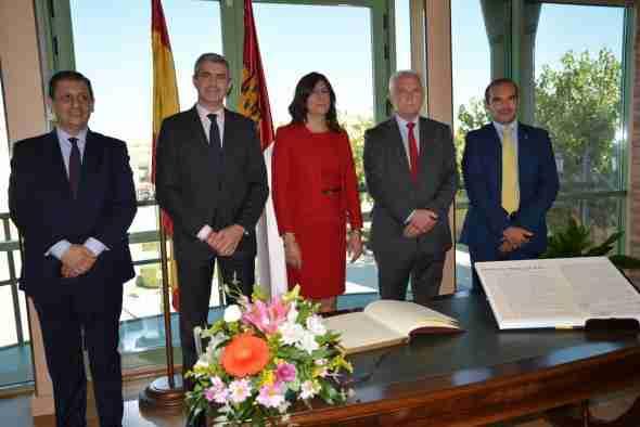 El Gobierno regional destaca la importancia de las mancomunidades para garantizar la prestación conjunta de servicios en los municipios