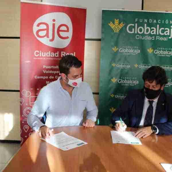 AJE rubricó con Fundación Globalcaja Ciudad Real su colaboración en la X edición del encuentro de negocios CONECTA 2021